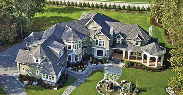 Luxurious Shingle Style Home Plan