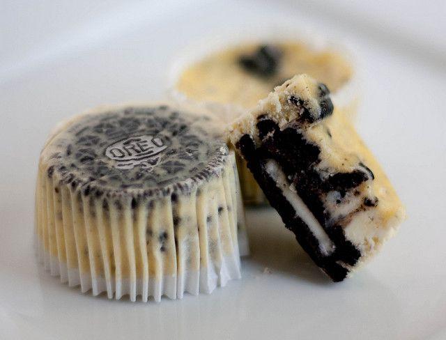 Cookies & Cream Cheesecake Cupcakes by handletheheat #Cupcakes #Cookies_&_Cream