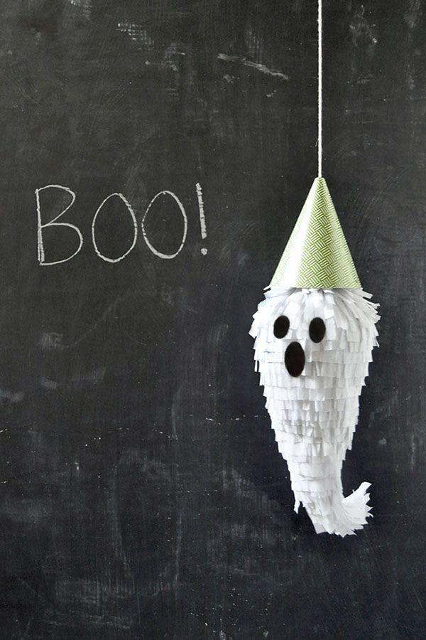 halloween mini ghost pinatas