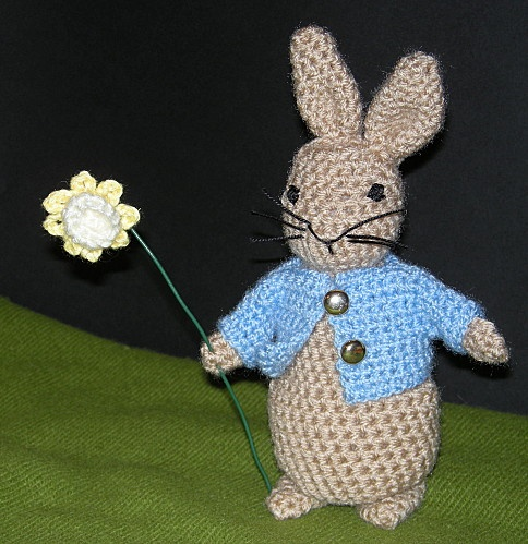 Knitting Pattern Peter Rabbit : SC 75 - Peter Rabbit Crochet Pinterest