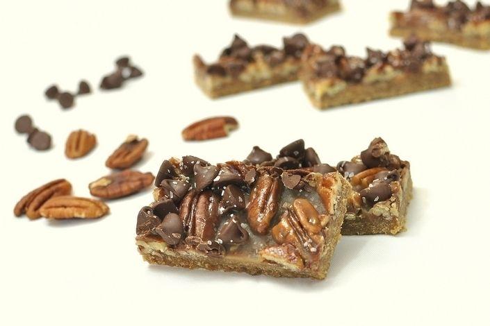 Salted Caramel Chocolate Pecan Bars | Recipes | Pinterest