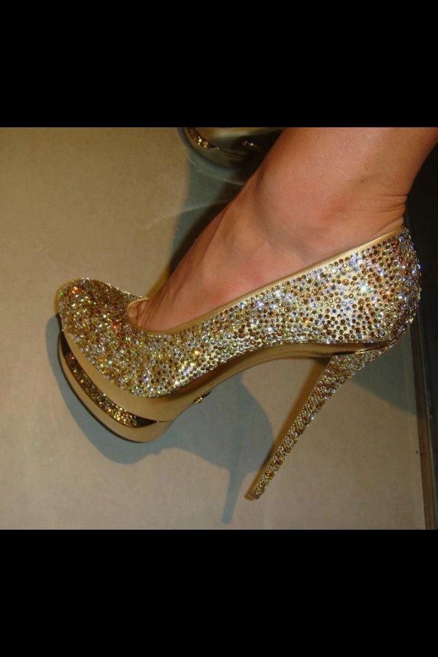 valentino rudy shoes malaysia