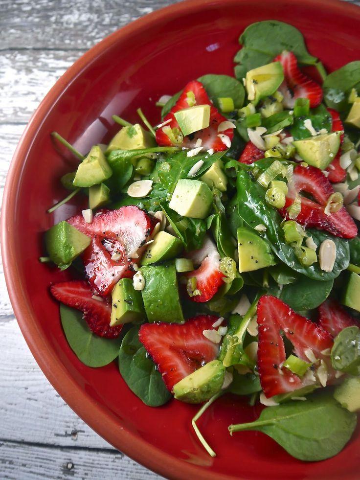 Strawberry & Avocado Spinach Salad | Paleo Salads | Pinterest