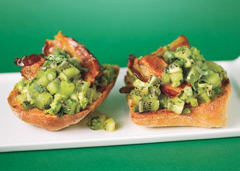 Avocado Toasties with Kiwi Salsa and Bacon - served these at a dinner ...