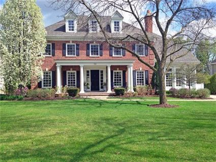Pin by jenny schnabl brewster on town and country for Brick georgian homes