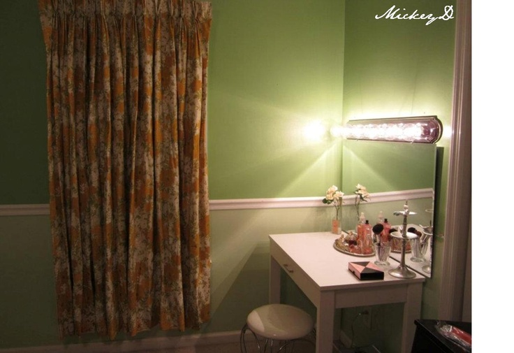 DIY vanity & lights dressing room For the Home Pinterest