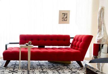 vöros fehér fekete nappali