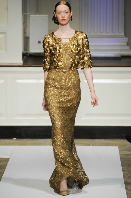 #runways #fashion #dresses #gold