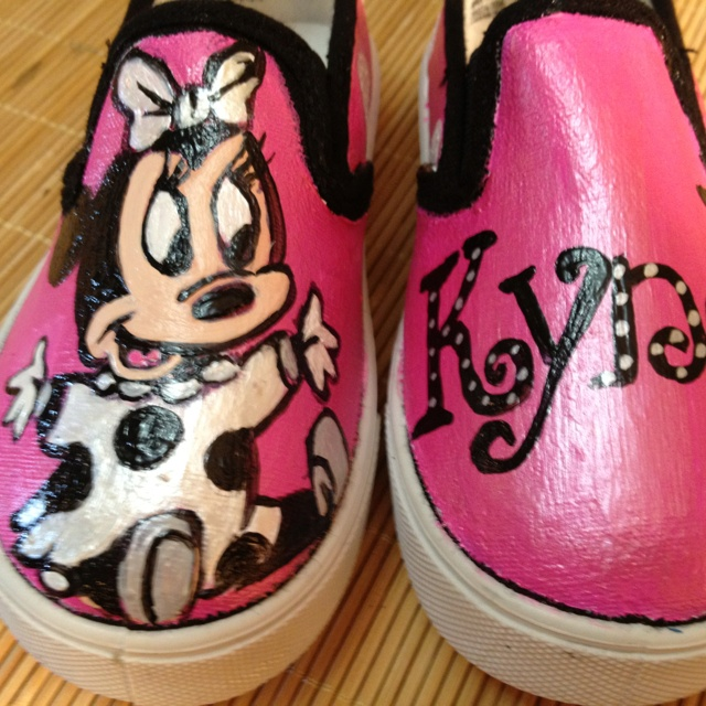 Painted Minnie Mouse toddler shoes