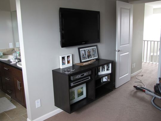 Using a shelf as a floating entertainment unit for Floating entertainment center ikea