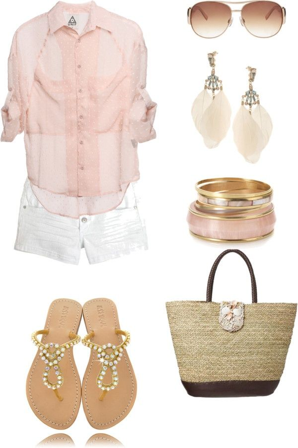 Love this simple honeymoon outfit. Perfect for a tropical get away!