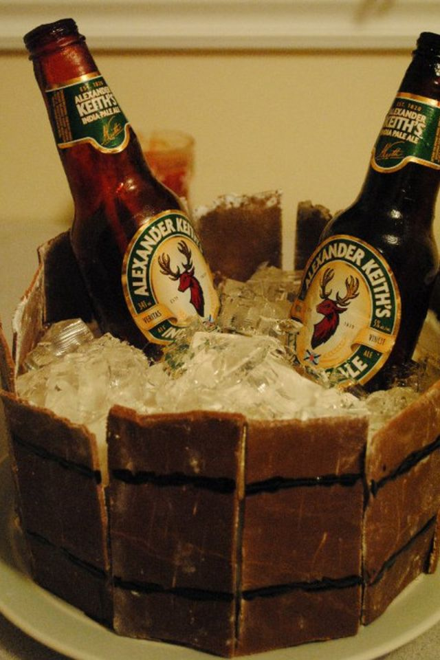 Sugar beer bottles, gelatin ice cubes and white almond sour cream cake ...