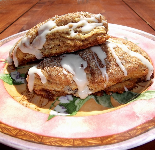 Cinnamon Roll Scones | Food, YUMO!! | Pinterest