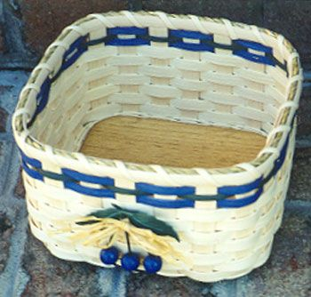 Easy Wood Bottom Basket 3
