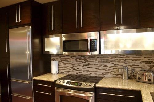 Chocolate cabinets with long handles mi casa es su casa for Long kitchen cupboard