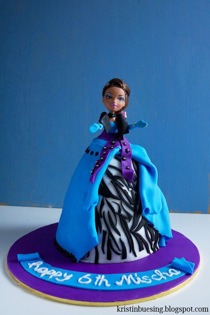 Bratz birthday cake
