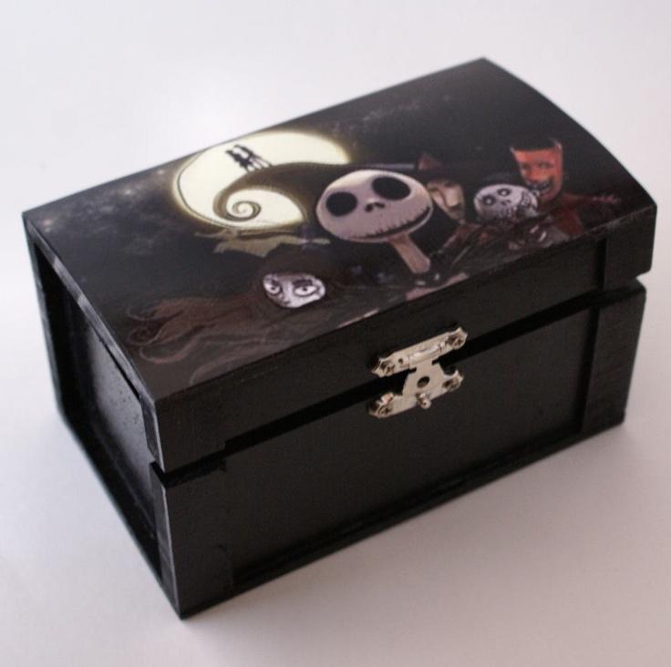 The Nightmare Before Christmas Medium Group Trinket Box Stash Box Jew ...