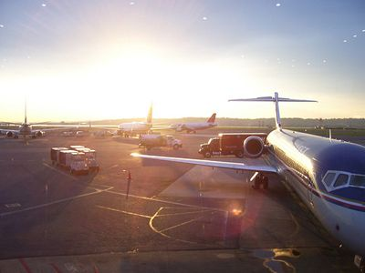 how to book cheap airline tickets