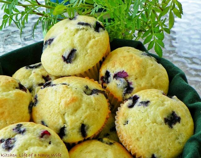 Sour Cream Blueberry Muffins | Donuts & Muffins | Pinterest
