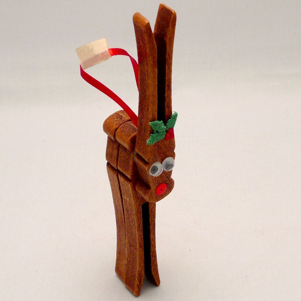 classic reindeer clothespin ornaments christmas pinterest