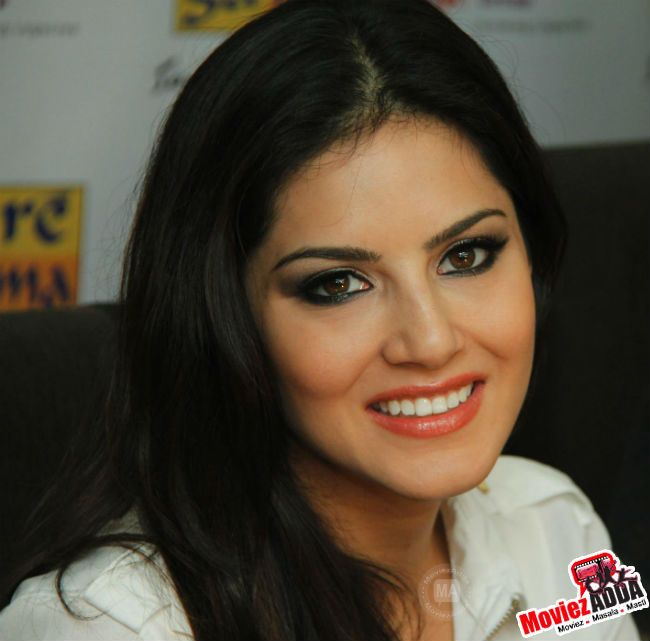 Sunny leone excited for ragini mms 2 bollywood news pinterest