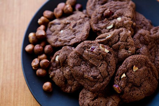 Rich, chewy, chocolate-y, hazelnut-y chocolate Nutella cookies, with ...
