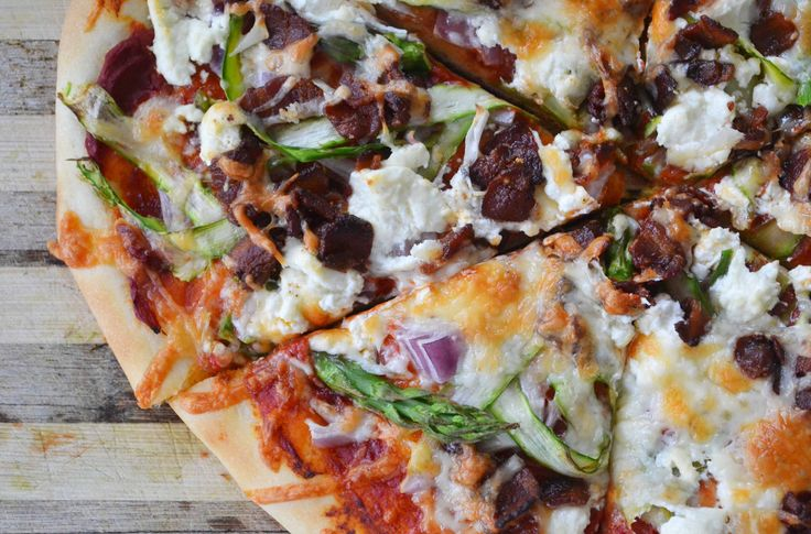 Asparagus, Bacon & Goat Cheese Pizza | Goat cheese pizza | Pinterest