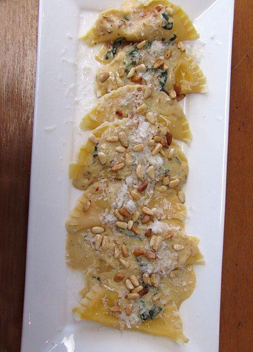 Pumpkin Ravioli with Garlic Cream Sauce | Recipe Addiction-Call 911 ...
