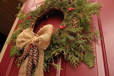 Rustic wreath - burlap and pinecones