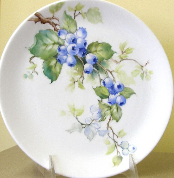 Blueberries | ARTchat - Porcelain Art Plus (formerly Chatty Teachers & Artists)