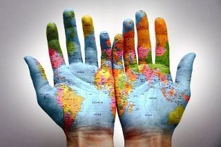 World Map on the Hands <3