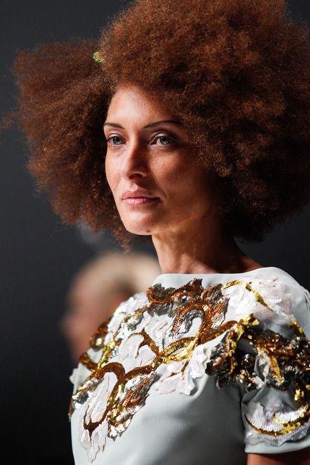 Chanel cardone bilder news infos aus dem web - Nausica diva futura ...