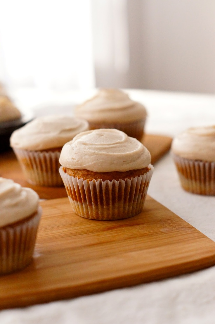 Pecan Shortbread Crusted Browned Butter Pumpkin Cupcakes with Cinnamon ...
