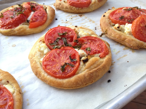 Tomato and Goat Cheese Tart | Side Dishes | Pinterest