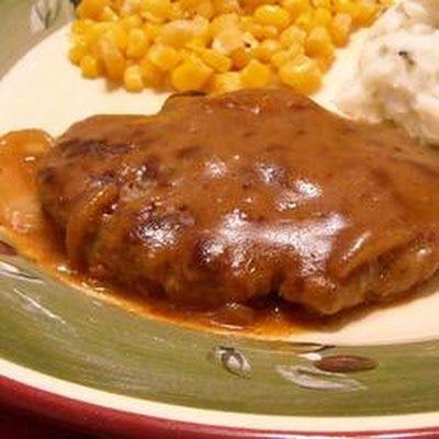 Hamburger Steak with Onions and Gravy. | Main dishes | Pinterest
