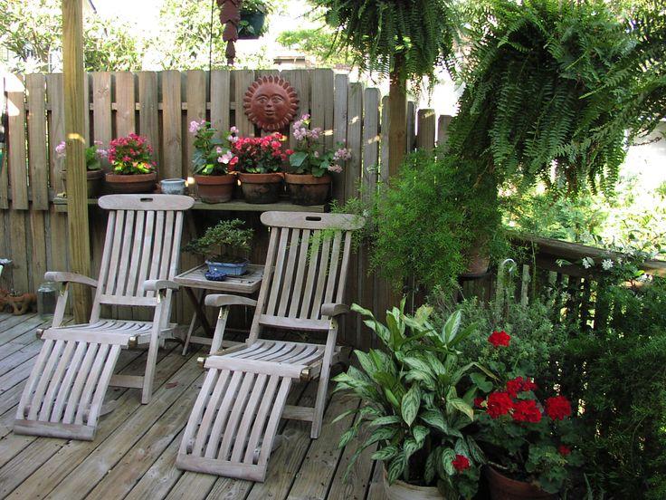 Budget decorating ideas home backyard retreat pinterest for Budget garden rooms