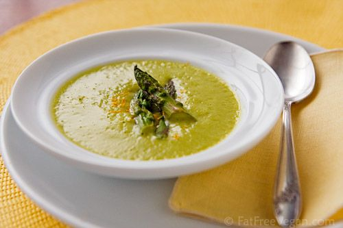 Roasted Asparagus Soup- This soup not only looks pretty, but it sounds ...