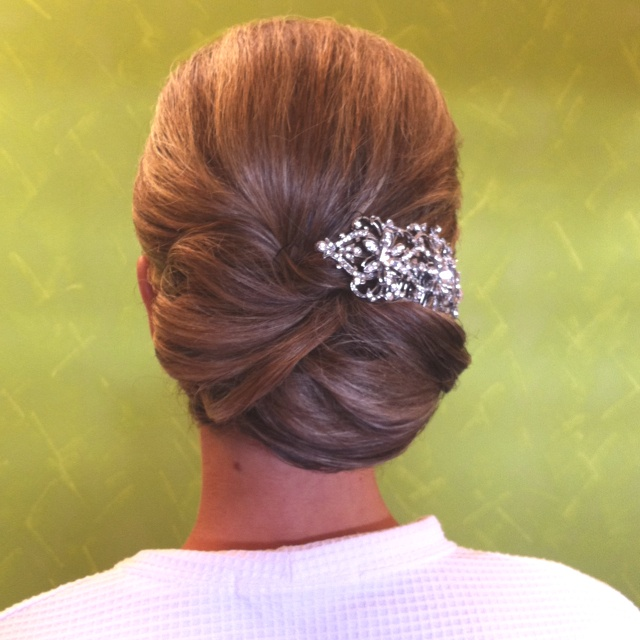 Low Bun Chignon Bridal Wedding Hair | Wedding Hair Styles Ideas | Pinterest