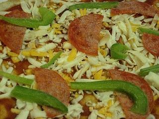 make ahead frozen pizza | Delicious | Pinterest