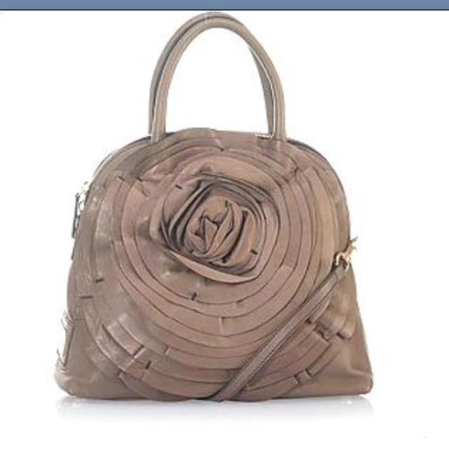 buy chanel handbags online