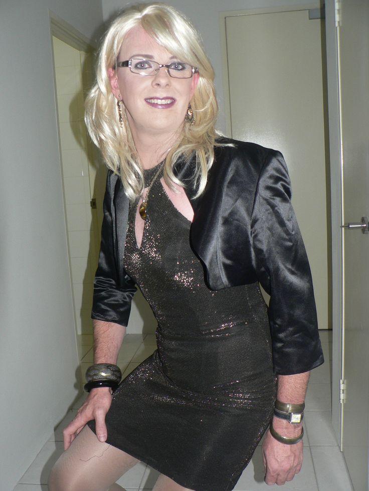 Transgender In Cocktail Dress Newhairstylesformen2014 Com