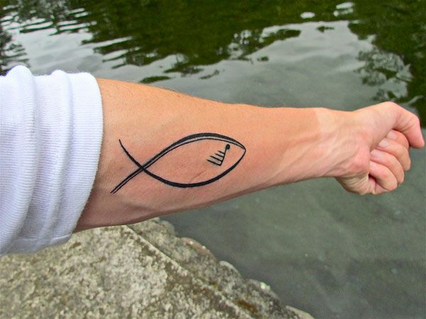 simple fish tattoo tattoos i like pinterest