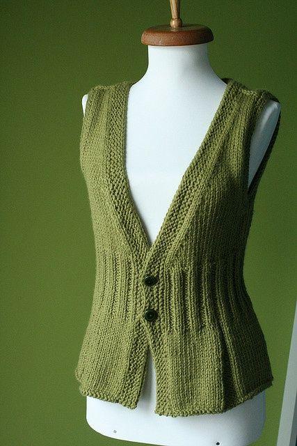 knitted vest. Knitting Pinterest