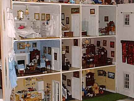 Doll Houses Inside It 39 S A Doll 39 S House Pinterest