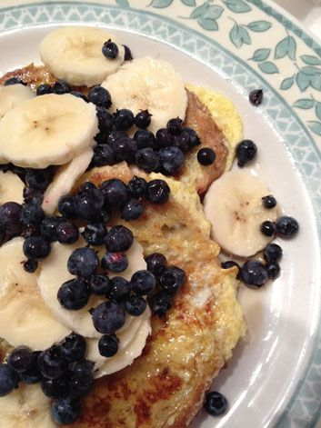 Baked French Toast With Amaretti Crumble And Blueberry Maple Syrup ...