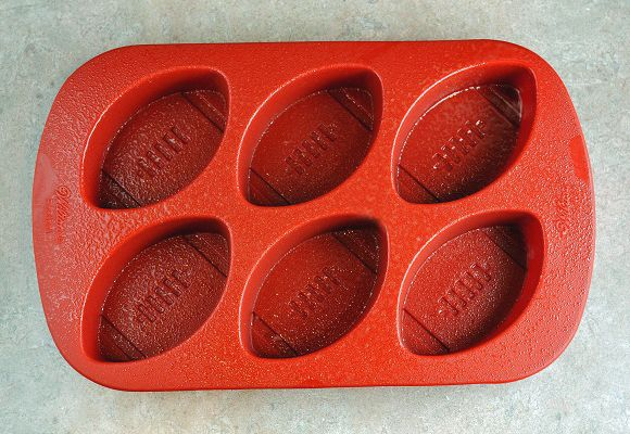 Spiced Rum and Coke Football Jelly Shots | Recipe