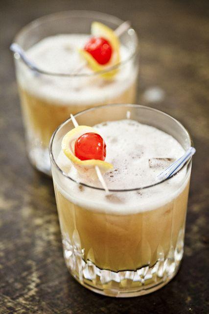 whisky sour : 1Onze 1/4 BMX, 1Onze 1/4 rye (whisky), Sucre. - V. sour ...