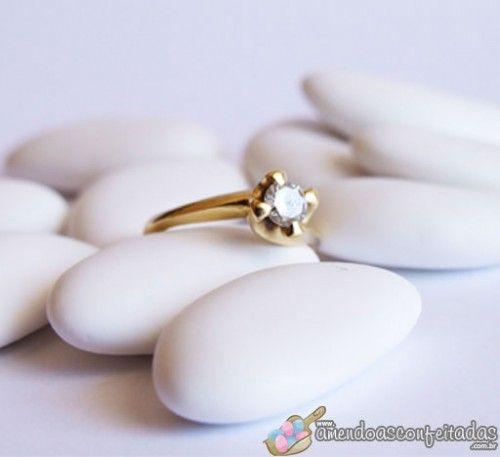 qual o significado das amendoas confeitadas no casamento