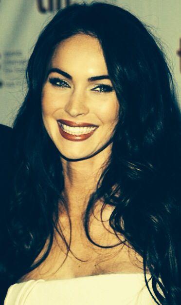 Megan Fox smile makeup...