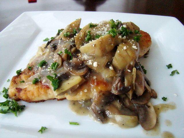 Krista's Kitchen: Chicken and Artichokes in Wine Sauce